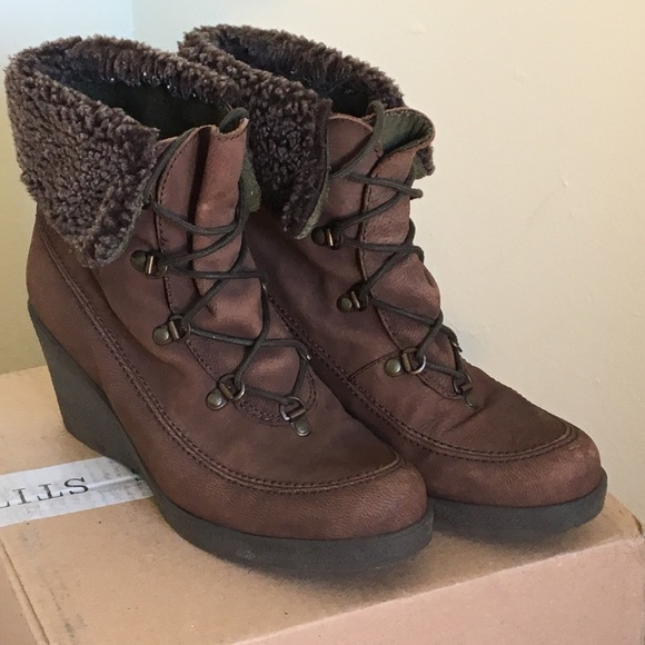 15c078b5b51b Eddie Bauer Shoes - Eddie Bauer Brown wedge Booties